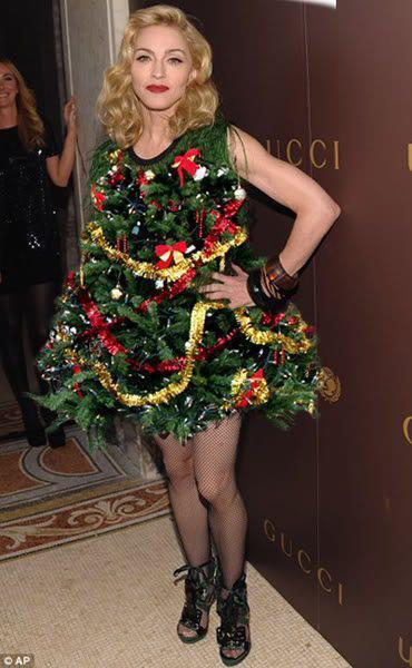 Мадонна в платье ёлочки