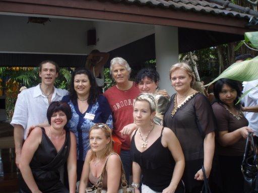 Таиланд,Пхукет. Терри Тильман в центре.