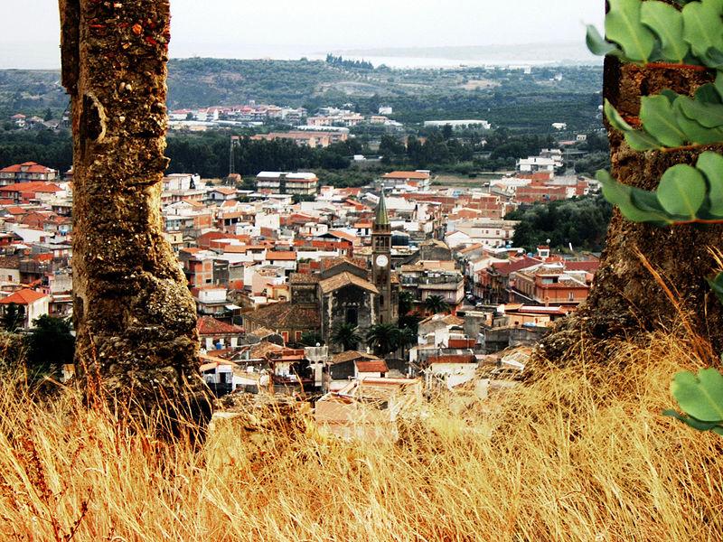 Наш городок Калатабиано.