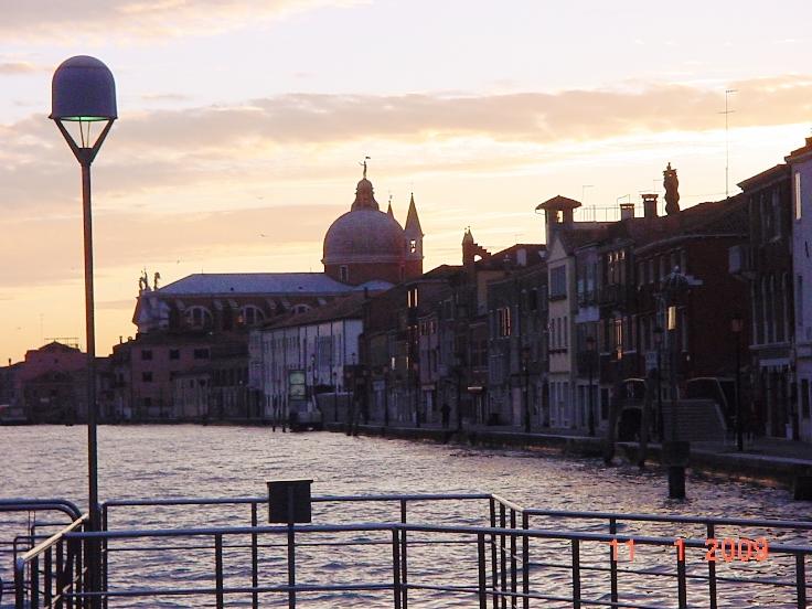 8:00 утра... Рассвет над лагуной Венеция