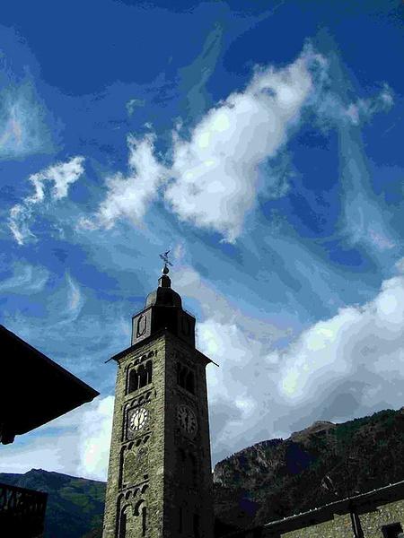 В Альпах, в одном из местных городков близ Courmayeur