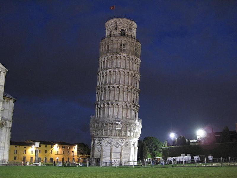 Torre Pendente (Пизанская башня)