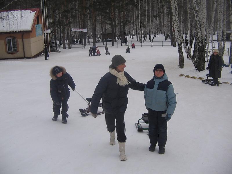 Зима! Нигде такой нет! только в России (да и то не везде!))))))))))