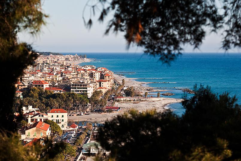 "Ventimiglia - вид на ""новый город"""