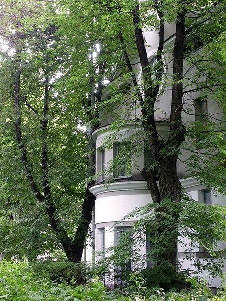 В ботаническом саду МГУ
