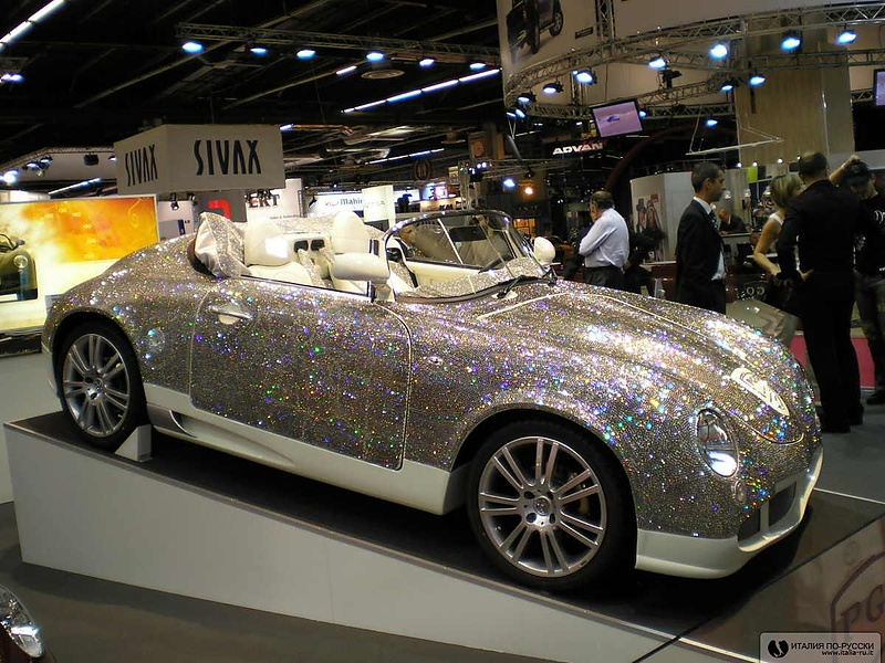 Машина с автосалона в Париже 2006