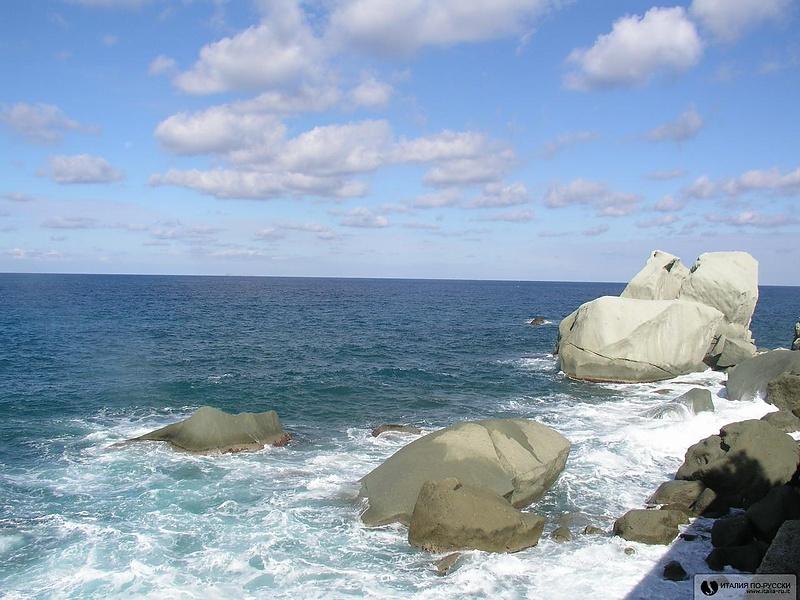 .море. валуны