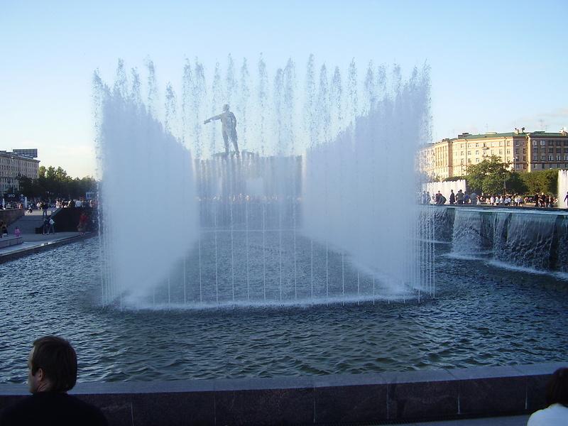 новый фонтан в Питере