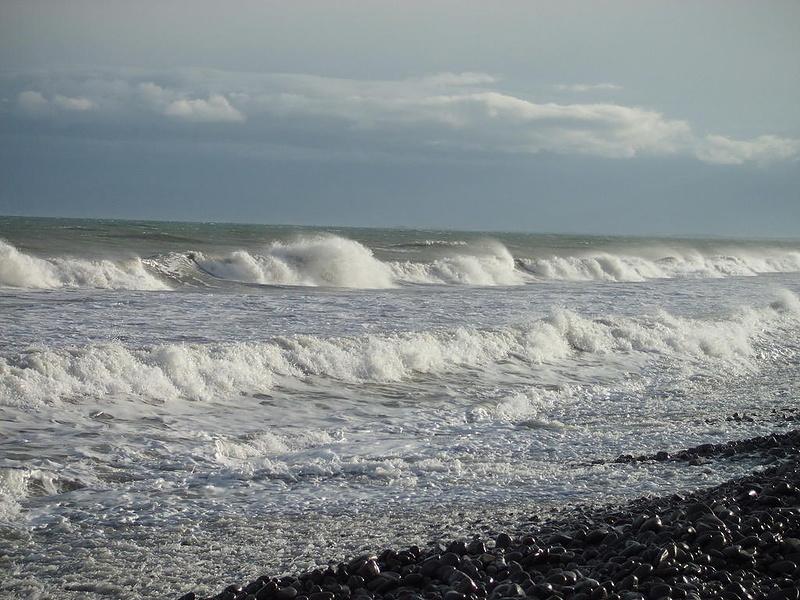 Море волнуется .........