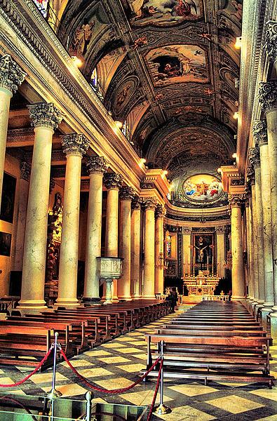 Диана Марина - церковь