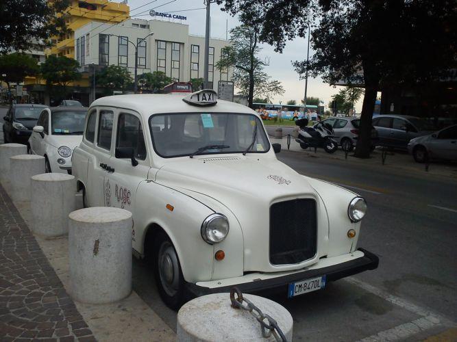 Антикварное такси