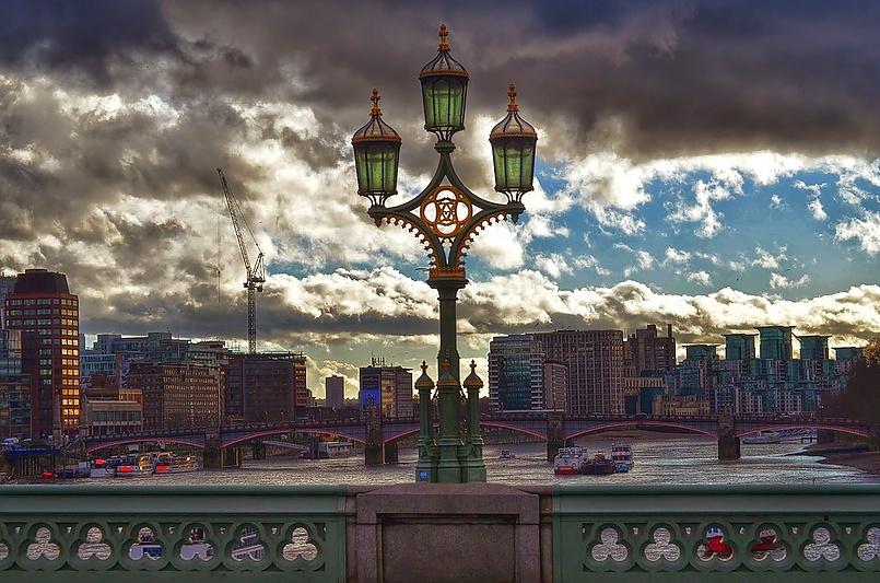 Лондонские облака .