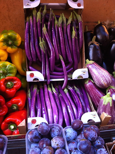 находка на овощном рынке Болоньи