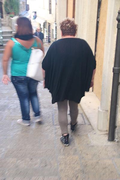 тётя-тролль в Сан Марино