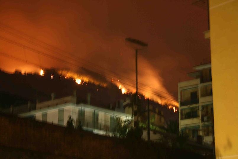 Генуя, пожар в горах