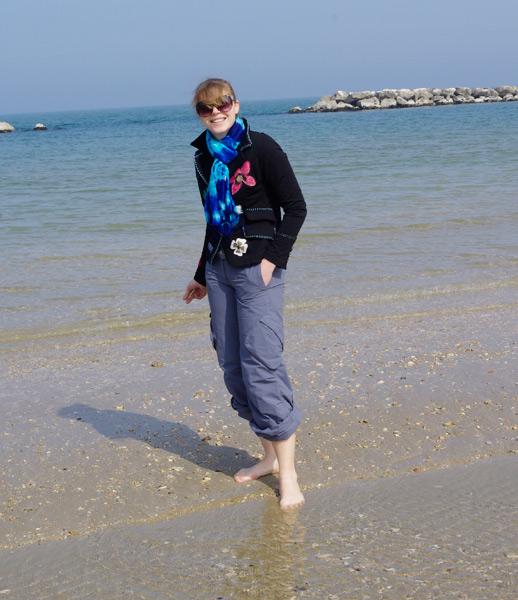 первое  прикосновение моря :)