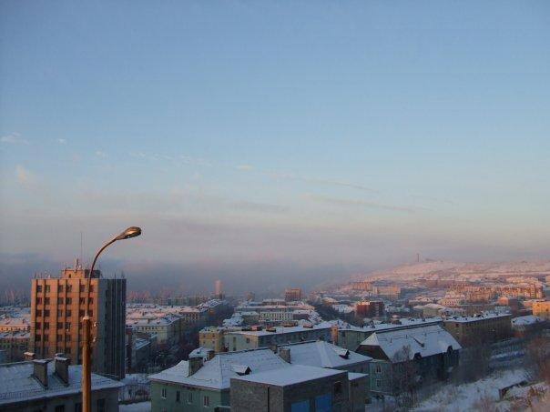 Мурманск в.....мае!!!!! УРА!!!! полярная ночь хотябы закончилась..))