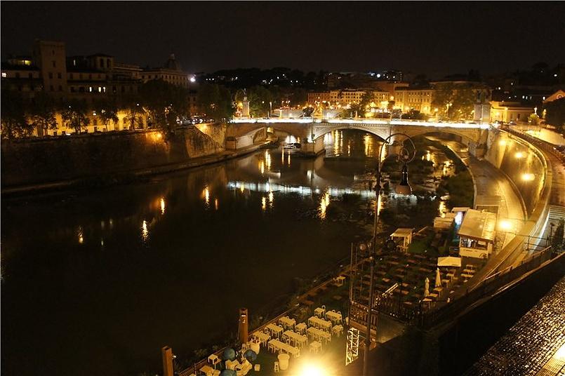 Огни ночного Рима