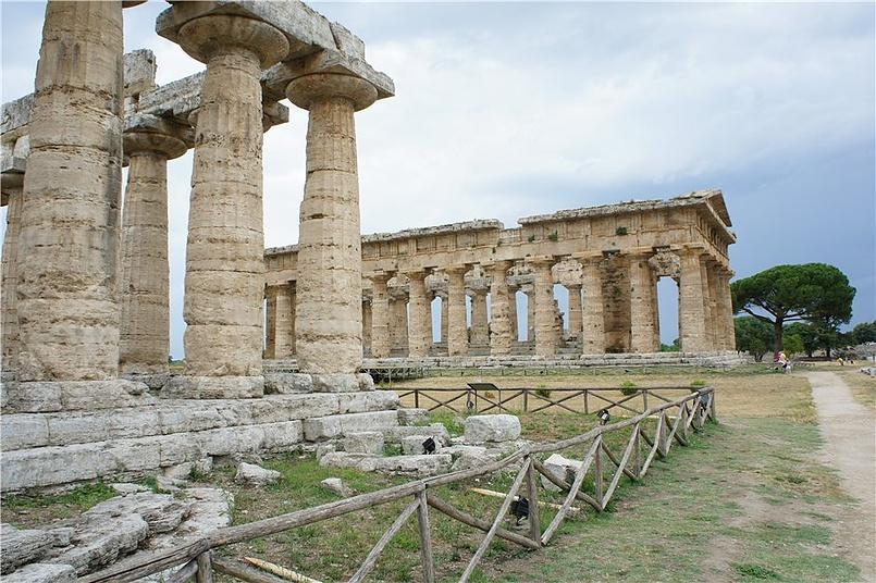 Греция в Италии