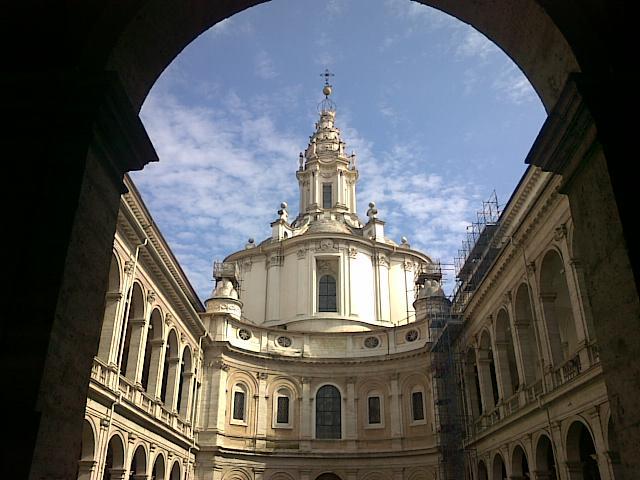 Рим. Церковь Св. Иво сулла Сапьенца