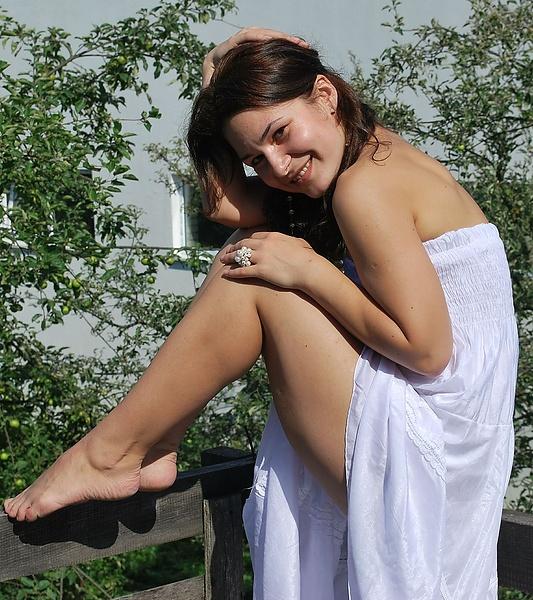 Фото простых русских голых девушек большое