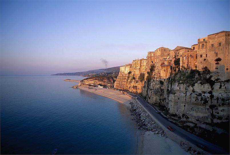 Тропеа является одним из самых романтичных городов в Италии