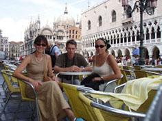 В Венеции посидеть приятно, но дорого...