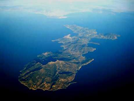http://italia-ru.com/files/isola_d_elba_aereo.jpg