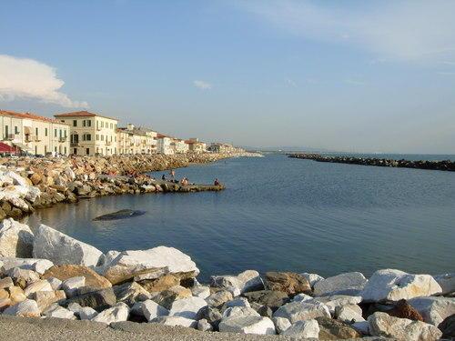 Marina di Pisa. Ровный морской загар вас ждёт!