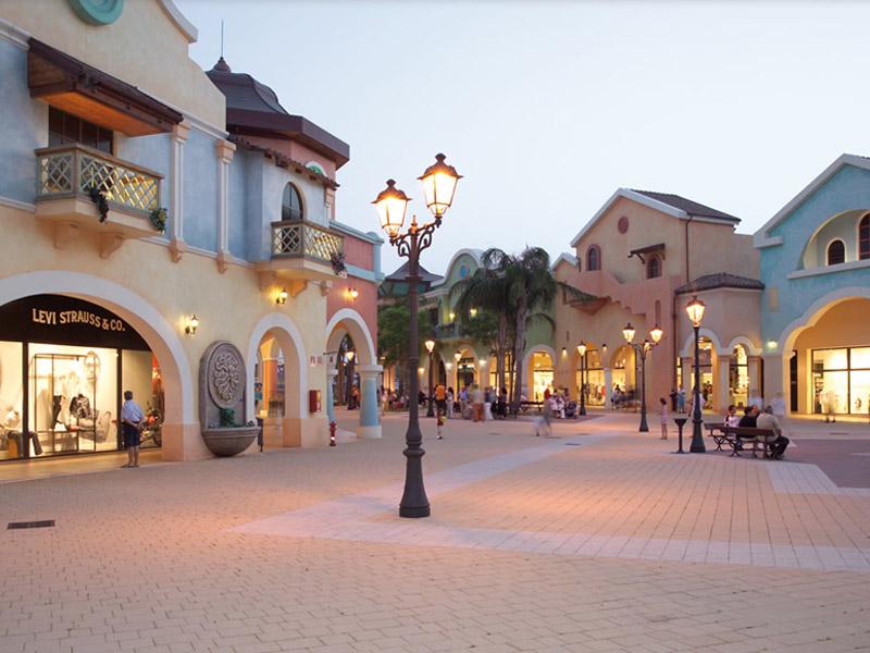 Puglia Outlet Village – Италия по-русски 2fcd3489b70