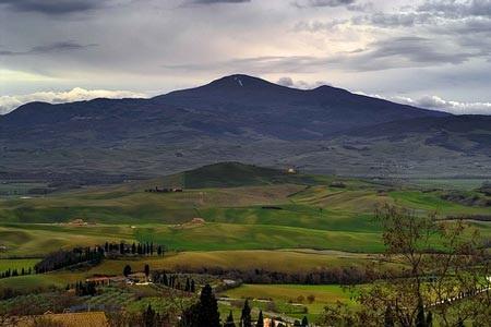 http://italia-ru.com/files/monte-amiata_0.jpg