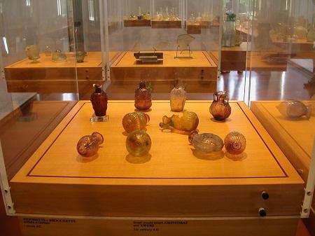 http://www.italia-ru.it/files/museo_del_vetro.jpg