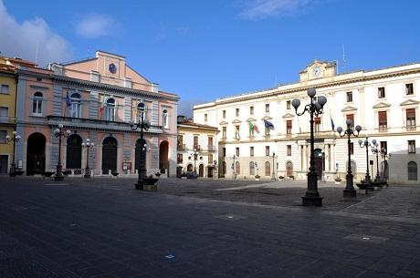 http://italia-ru.com/files/piazza_mario_pagano.jpg