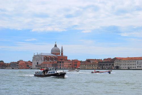 Знакомства с итальянцами бесплатно