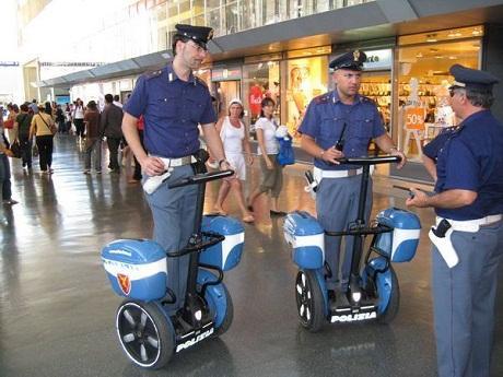 http://italia-ru.com/files/polizia_ferroviaria.jpg