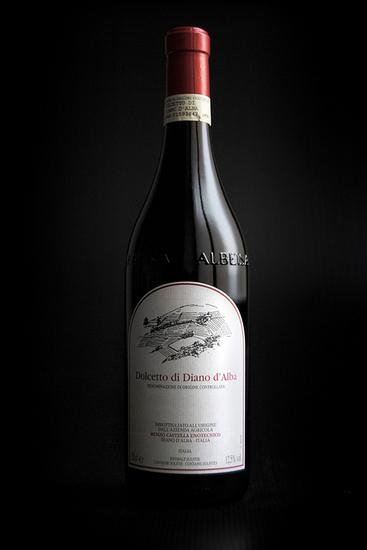 Вино Дольчетто ди Диано д'Альба