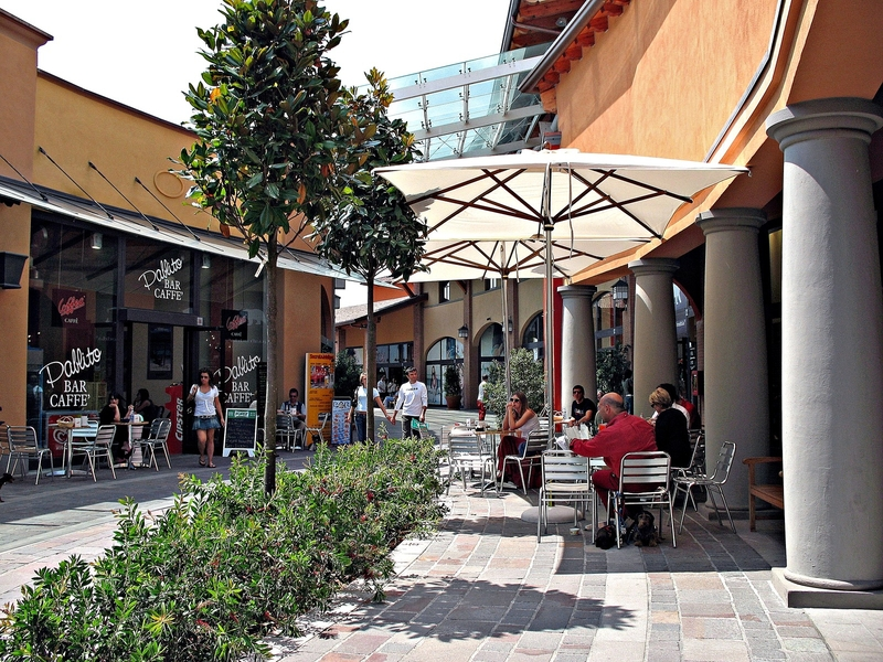Franciacorta Outlet Village – Италия по-русски