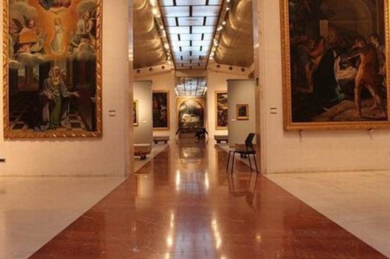 http://italia-ru.com/files/bologna_pinacoteca.jpg