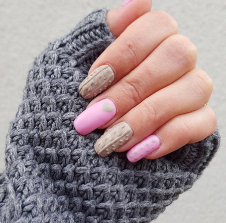 http://italia-ru.com/files/cable_knit_sweater_nail_art_trend.jpg