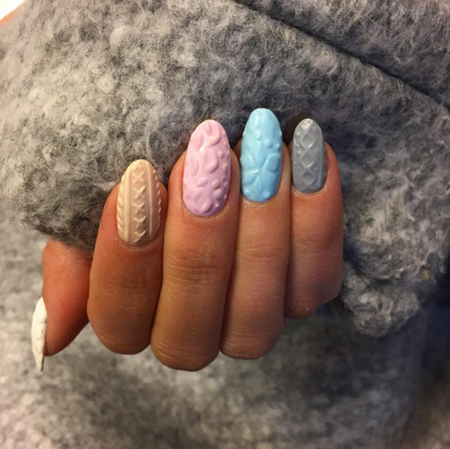 http://italia-ru.com/files/cable_knit_sweater_nails.jpg