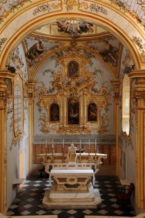 http://italia-ru.com/files/cappella-sistina-savona.jpg