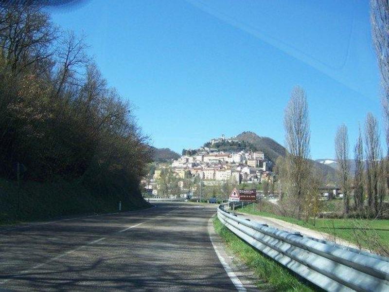 http://www.italia-ru.it/files/cascia1.jpg