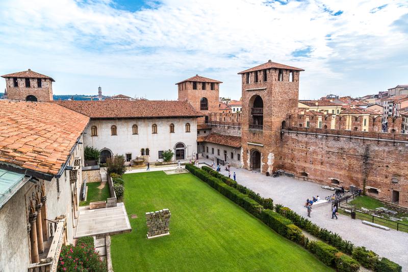 Музей Кастельвеккьо (Museo Civico di Castelvecchio)