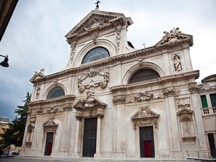 http://italia-ru.com/files/cattedrale-assunta.jpg