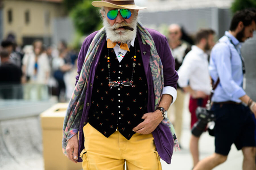 http://italia-ru.com/files/colorful-outfit-photo-by-guerre-for-mr-mag-900x599.jpg