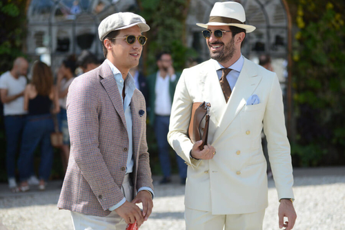 http://italia-ru.com/files/db-off-white-suit-900x601.jpg