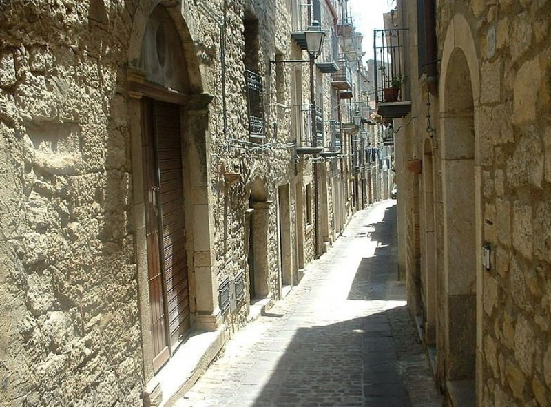 Недорогое жилье в италии купить