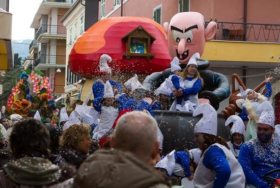 Карнавал в Диано-Марина