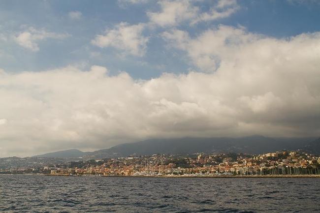Город и порт Сан-Ремо
