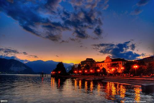 Озеро Маджоре на закате